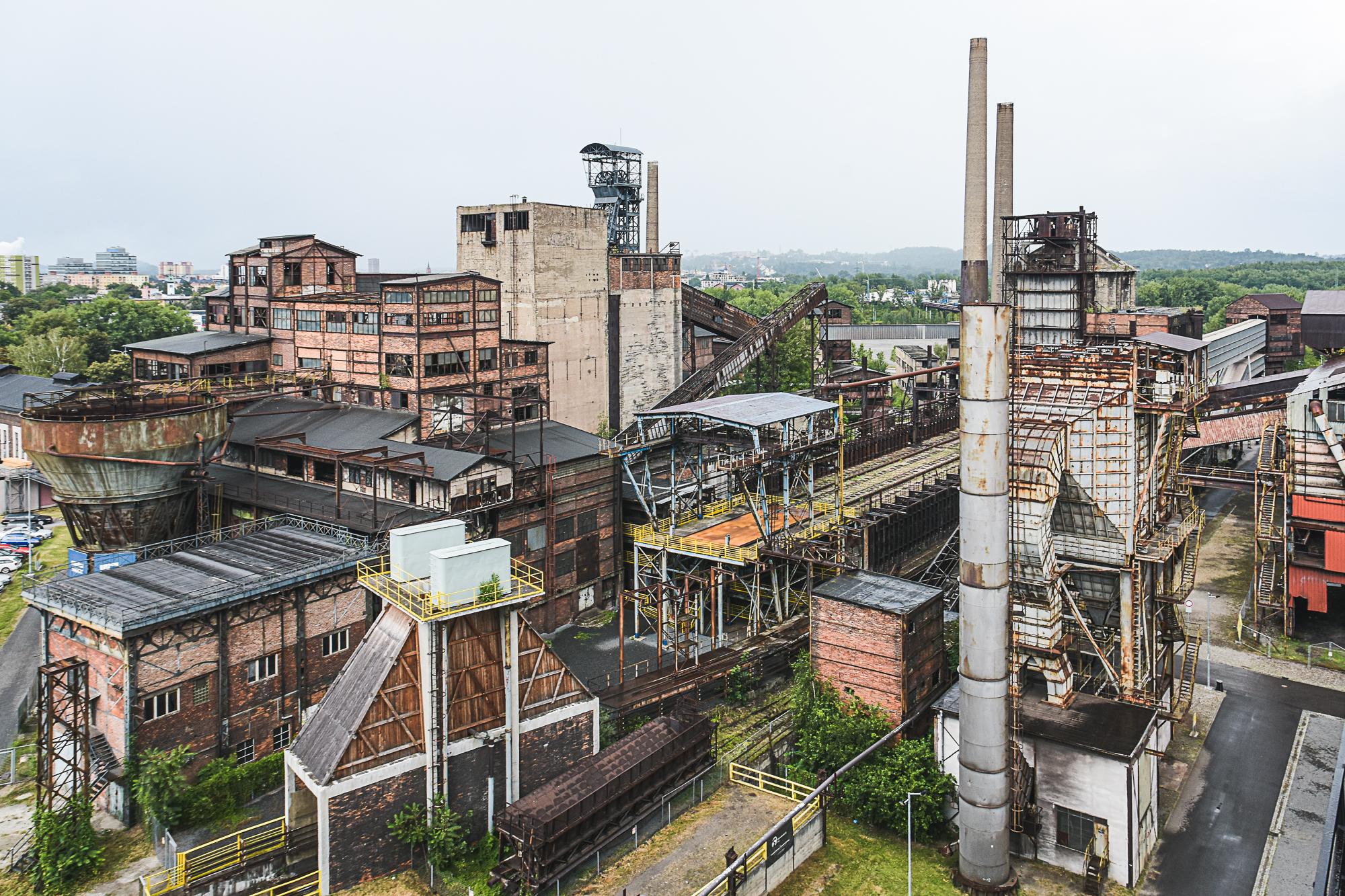 Foto fabbrica abbandonata